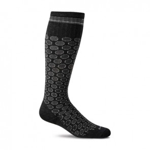 SOCKWELL WOMEN'S SHADOW DOT FIRM GRADUATED COMPRESSION SOCKS (20-30MMHG) (Black 900)