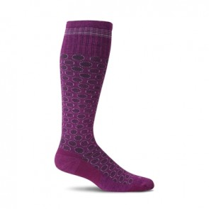 SOCKWELL WOMEN'S SHADOW DOT FIRM GRADUATED COMPRESSION SOCKS (20-30MMHG) (Violet 330)