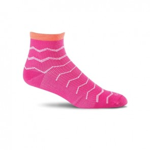 SOCKWELL WOMEN'S PLANTAR EASE QUARTER FIRM COMPRESSION SOCKS (Azalea 560)